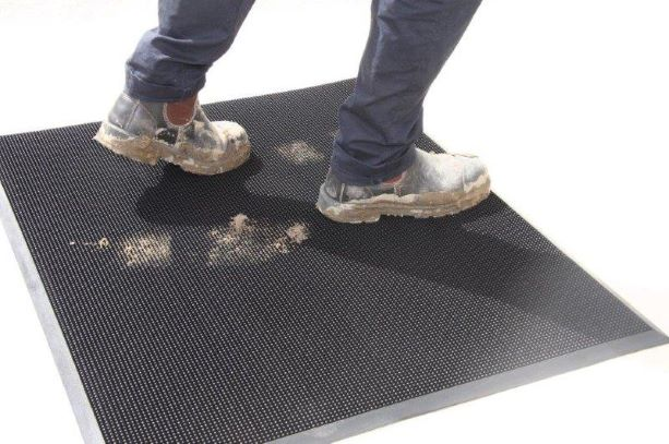 Rubber Brush Mat Outdoor Dirt scraper mat